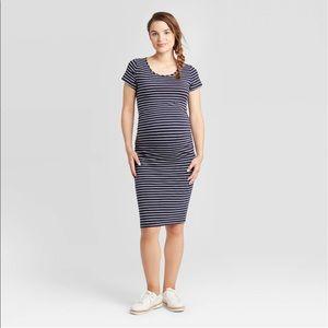 Dresses & Skirts - Ingrid & Isabel Maternity striped dress